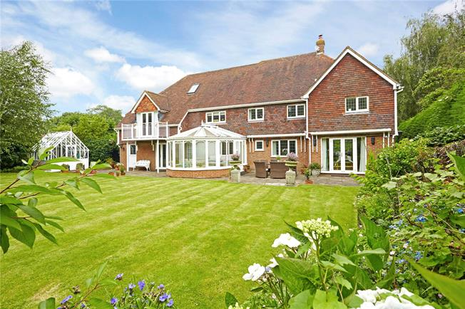 Asking Price £1,095,000, 6 Bedroom Detached House For Sale in Goudhurst, TN17