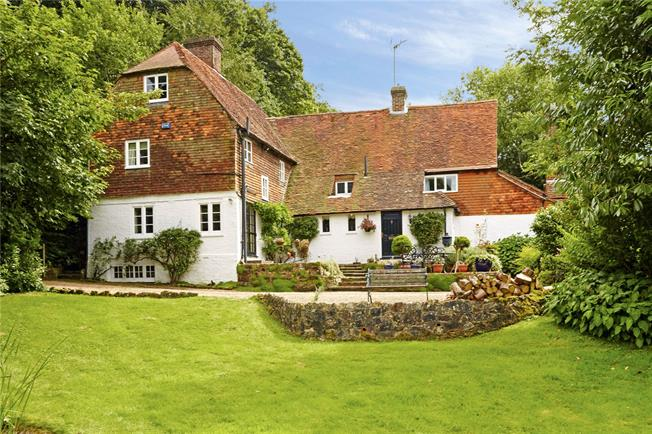 Asking Price £985,000, 4 Bedroom Detached House For Sale in Crowborough, East Sussex, TN6