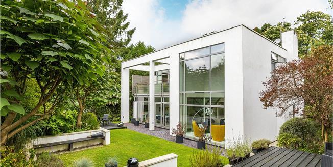 Asking Price £1,275,000, 5 Bedroom Detached House For Sale in Tunbridge Wells, TN2