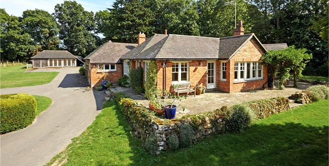 Asking Price £1,250,000, 4 Bedroom Detached House For Sale in Tunbridge Wells, Kent, TN3