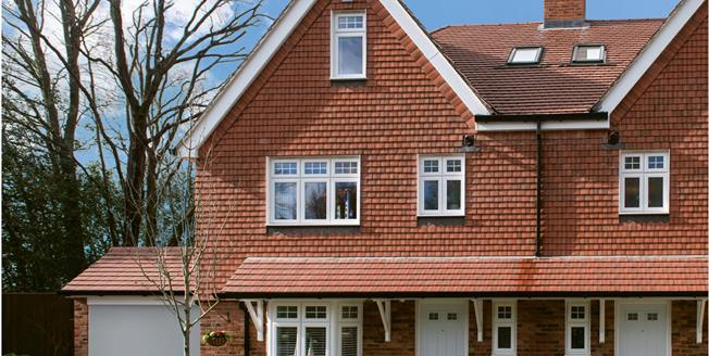 Asking Price £640,000, 4 Bedroom Semi Detached House For Sale in Mayfield, East Sussex, TN20