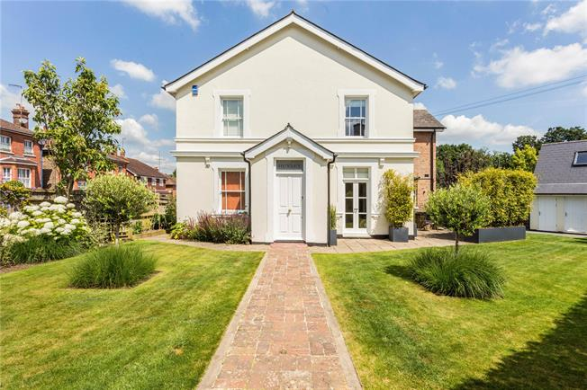 Offers in excess of £800,000, 4 Bedroom Detached House For Sale in Tunbridge Wells, East Sus, TN3