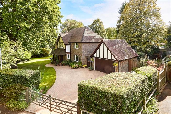 Asking Price £1195000 5 Bedroom Detached House For Sale in Tunbridge Wells Kent & 5 Bedroom Detached House For Sale in Tunbridge Wells Kent for ...