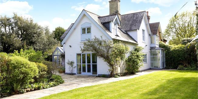 Offers in the region of £1,250,000, 5 Bedroom House For Sale in Tunbridge Wells, TN2