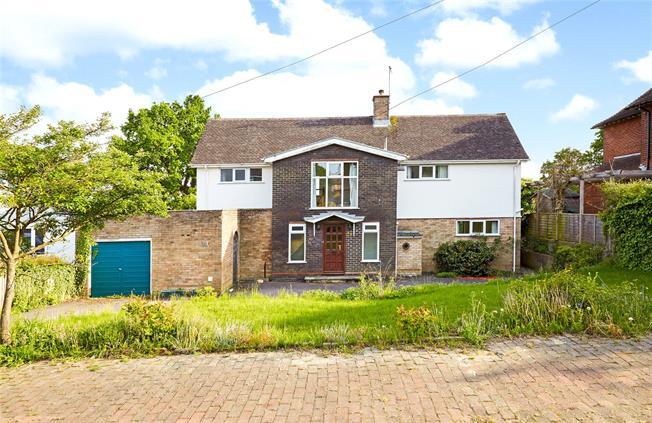 Asking Price £895,000, 5 Bedroom Detached House For Sale in Kent, TN2