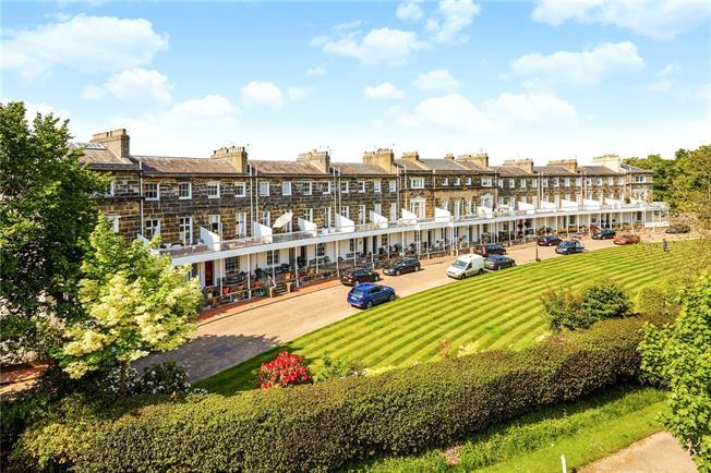 Asking Price £925,000, 4 Bedroom House For Sale in Tunbridge Wells, TN1