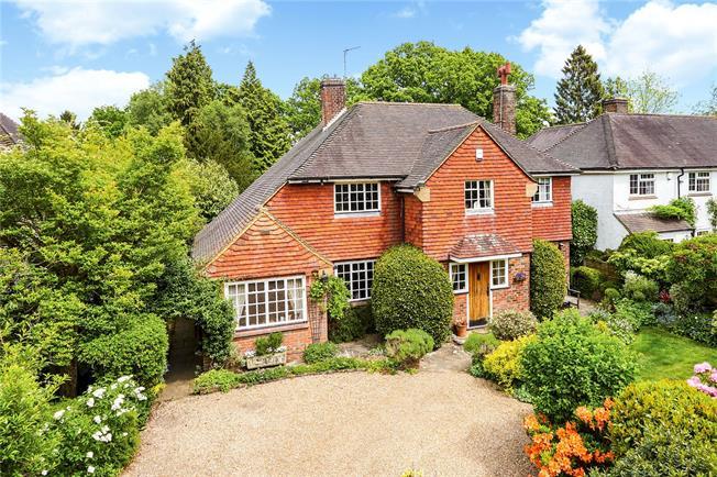 Asking Price £1,095,000, 4 Bedroom Detached House For Sale in Tunbridge Wells, TN2
