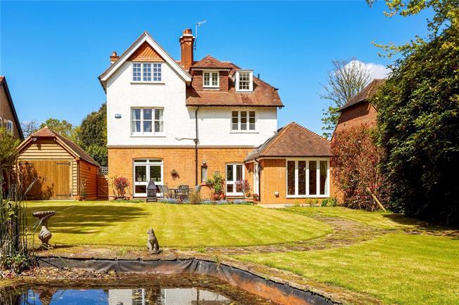 Asking Price £1,195,000, 5 Bedroom Detached House For Sale in Tunbridge Wells, Kent, TN3