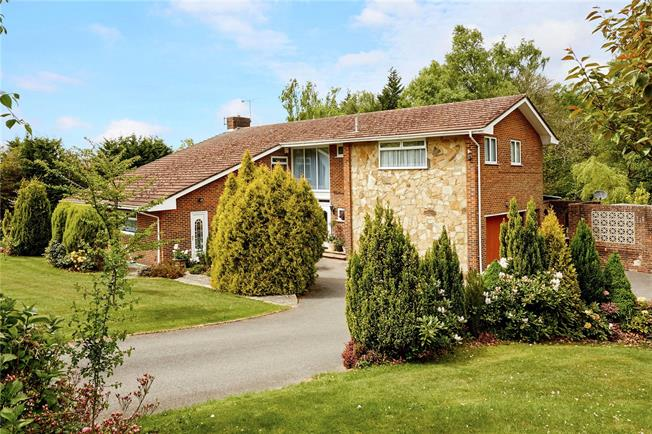 Asking Price £895,000, 6 Bedroom Detached House For Sale in Heathfield, East Sussex, TN21