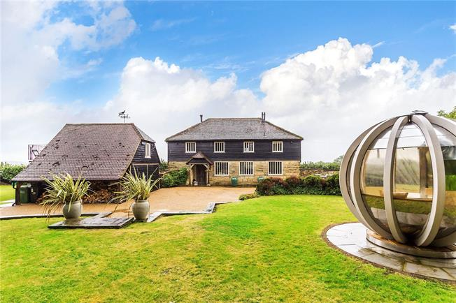Asking Price £1,350,000, 4 Bedroom Detached House For Sale in East Sussex, TN6