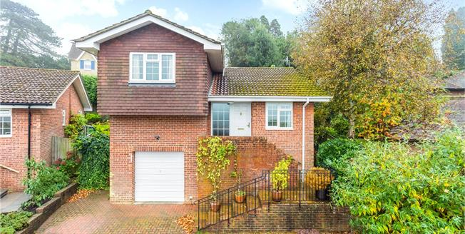 Asking Price £549,950, 2 Bedroom Detached House For Sale in Tunbridge Wells, TN2