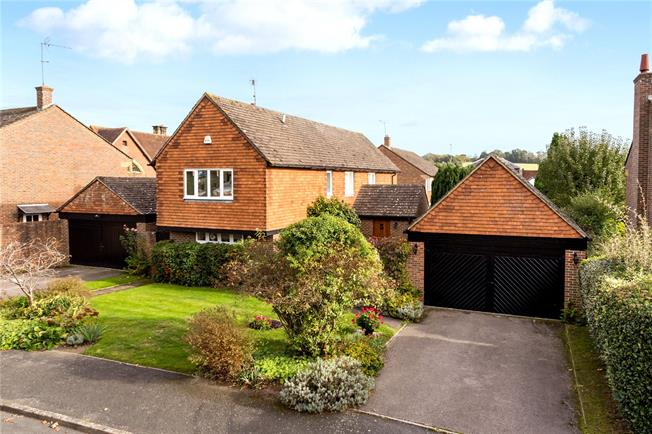 Offers in excess of £850,000, 4 Bedroom Detached House For Sale in Penshurst, TN11