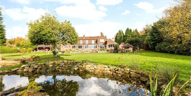 Asking Price £1,150,000, 5 Bedroom Detached House For Sale in Little London, TN21