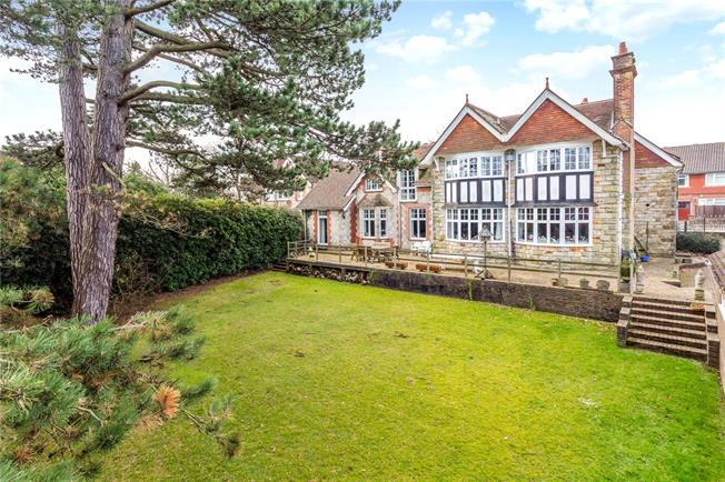 Asking Price £985,000, 7 Bedroom Semi Detached House For Sale in Crowborough, TN6