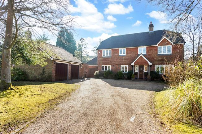 Asking Price £885,000, 5 Bedroom Detached House For Sale in Crowborough, TN6
