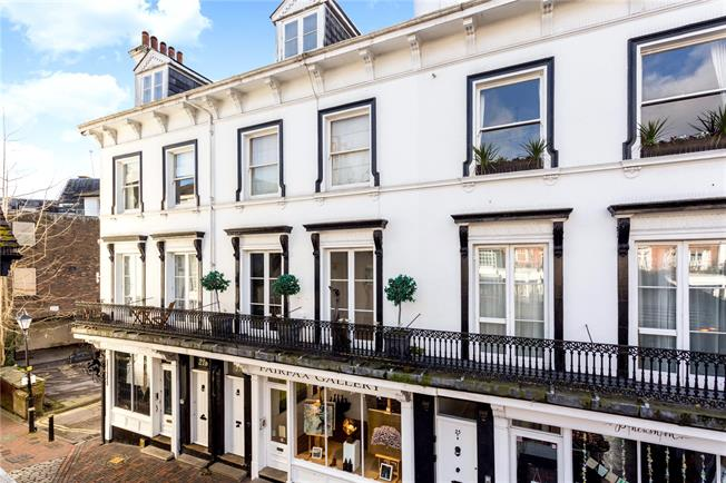 Asking Price £685,000, 3 Bedroom Flat For Sale in Tunbridge Wells, TN2