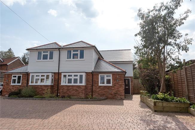 Asking Price £575,000, 3 Bedroom Semi Detached House For Sale in Tunbridge Wells, Kent, TN2
