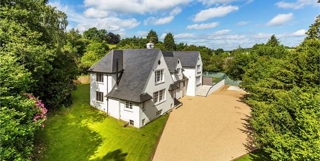 Guide Price £1,850,000, 5 Bedroom Detached House For Sale in Kent, TN3