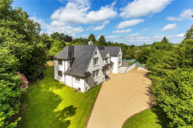 Guide Price £2,000,000, 5 Bedroom Detached House For Sale in Lamberhurst, TN3