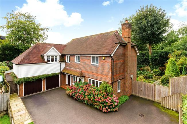 Asking Price £1,325,000, 5 Bedroom Detached House For Sale in Langton Green, TN3
