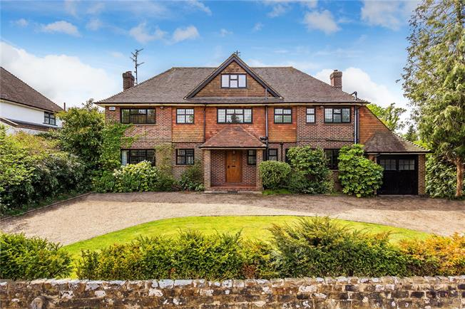 Asking Price £1,550,000, 6 Bedroom Detached House For Sale in Tunbridge Wells, TN4