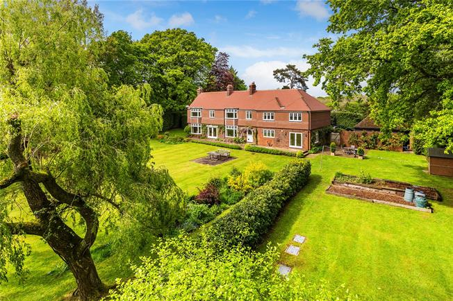 Guide Price £1,500,000, 6 Bedroom Detached House For Sale in Hawkhurst, TN18
