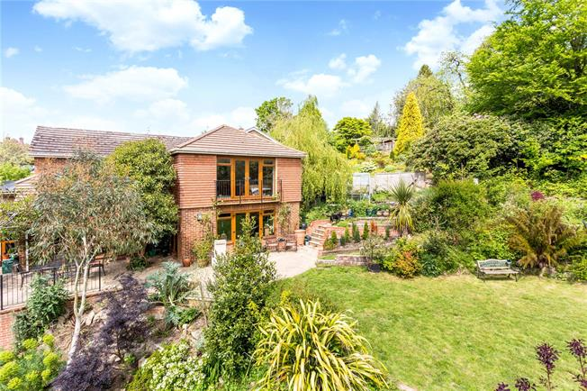 Asking Price £895,000, 4 Bedroom Detached House For Sale in Bidborough, TN4