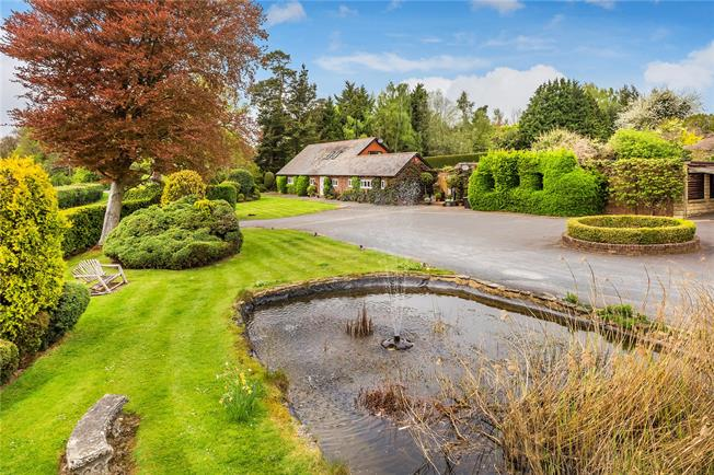 Guide Price £2,000,000, 5 Bedroom Detached House For Sale in Frant, TN3