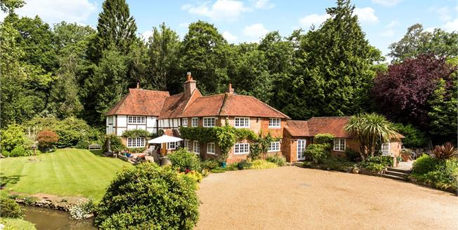 Asking Price £1,495,000, 5 Bedroom Detached House For Sale in Heathfield, East Sussex, TN21