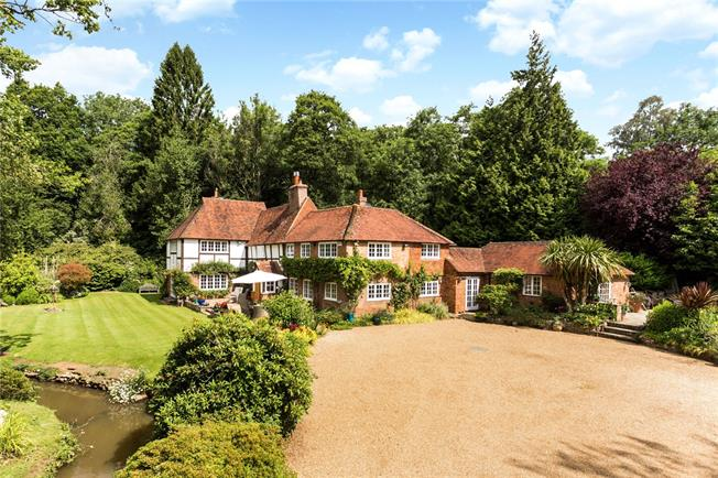 Asking Price £1,495,000, 5 Bedroom Detached House For Sale in Horam, TN21
