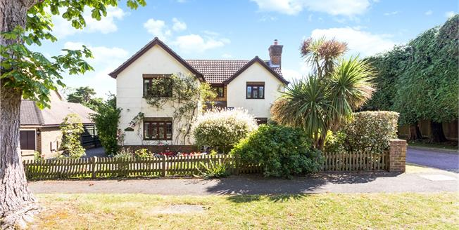 Asking Price £750,000, 4 Bedroom Detached House For Sale in Langton Green, TN3