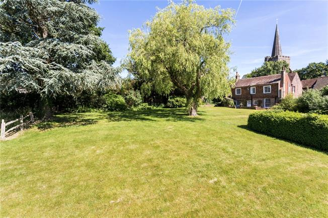 Asking Price £795,000, 4 Bedroom Detached House For Sale in Rotherfield, TN6