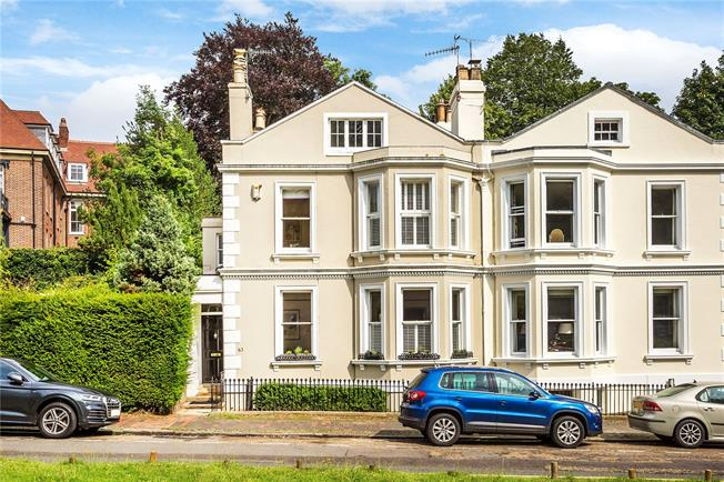 Asking Price £1,395,000, 5 Bedroom Semi Detached House For Sale in Tunbridge Wells, TN1