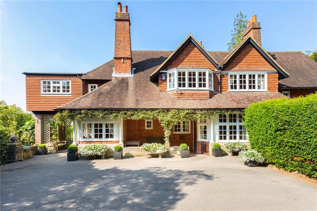 Asking Price £825,000, 3 Bedroom Semi Detached House For Sale in Crowborough, TN6