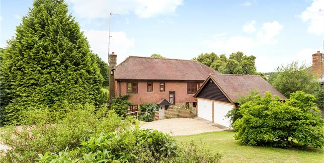 Asking Price £895,000, 5 Bedroom Detached House For Sale in Fordcombe, TN3