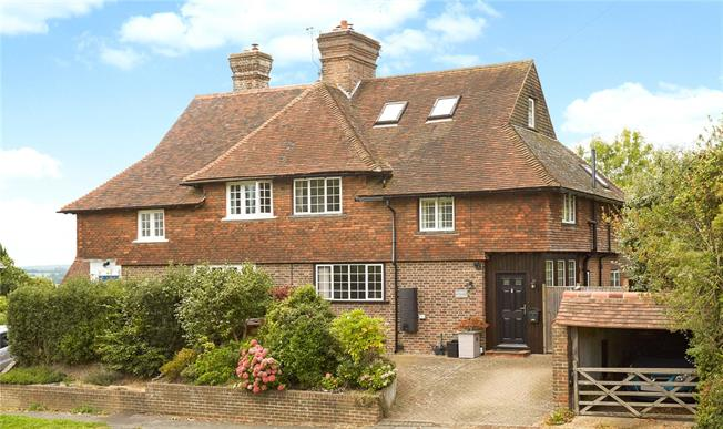 Asking Price £625,000, 4 Bedroom Semi Detached House For Sale in Frant, TN3