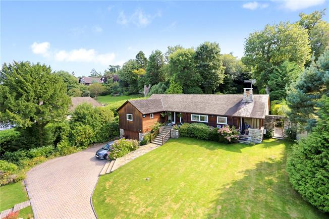 Asking Price £975,000, 4 Bedroom Detached House For Sale in Tunbridge Wells, TN2