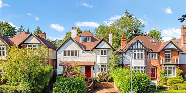 Asking Price £1,350,000, 5 Bedroom Detached House For Sale in Tunbridge Wells, TN2