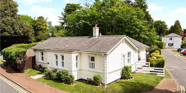 Asking Price £699,950, 4 Bedroom Detached House For Sale in Tunbridge Wells, TN2