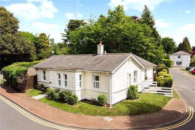 Asking Price £699,950, 4 Bedroom Detached House For Sale in Tunbridge Wells, TN2