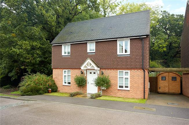 Offers in excess of £500,000, 3 Bedroom Detached House For Sale in Tunbridge Wells, TN4