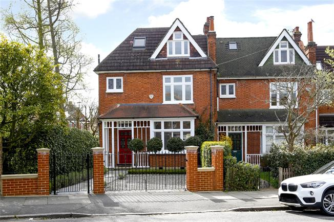 Guide Price £1,725,000, 5 Bedroom Semi Detached House For Sale in London, SW20