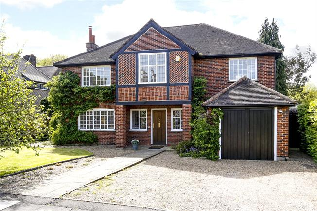 Guide Price £3,350,000, 5 Bedroom Detached House For Sale in London, SW20