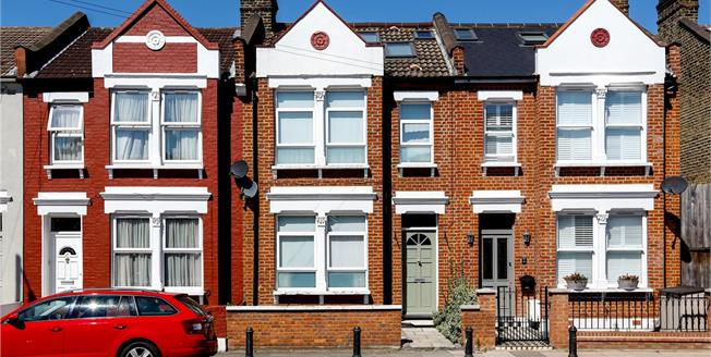 Guide Price £839,500, 4 Bedroom Terraced House For Sale in London, SW19