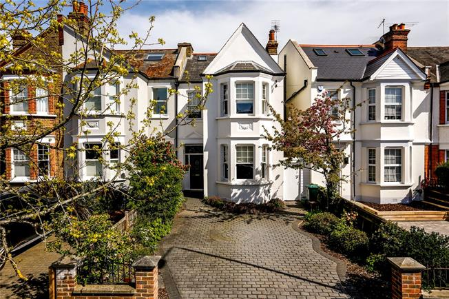 Guide Price £1,250,000, 4 Bedroom Semi Detached House For Sale in London, SW20