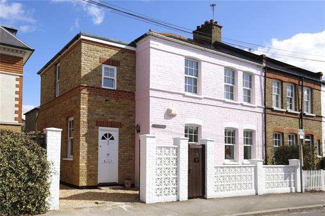 Guide Price £1,250,000, 3 Bedroom Semi Detached House For Sale in London, SW19