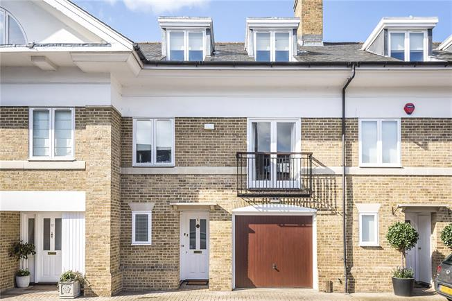Guide Price £950,000, 3 Bedroom Terraced House For Sale in Kingston upon Thames, KT2