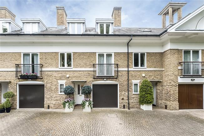 Guide Price £995,000, 4 Bedroom Terraced House For Sale in Kingston upon Thames, KT2