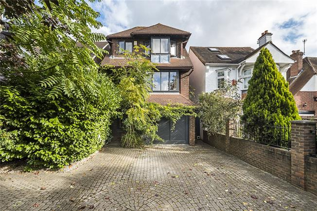 Guide Price £1,300,000, 6 Bedroom Detached House For Sale in London, SW20