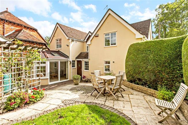 Guide Price £595,000, 4 Bedroom Detached House For Sale in Goodworth Clatford, SP11